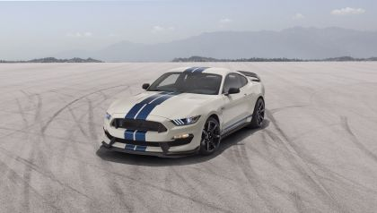 2020 Ford Mustang Shelby GT350 with Heritage Edition Package 2