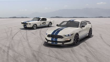 2020 Ford Mustang Shelby GT350 with Heritage Edition Package 7