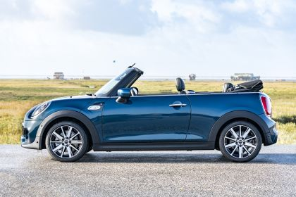 2020 Mini Cooper S ( F57 ) Sidewalk convertible 14