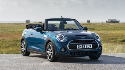 2020 Mini Cooper S ( F57 ) Sidewalk convertible 1