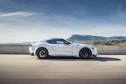 2020 Toyota GR Supra 2.0L turbo 64