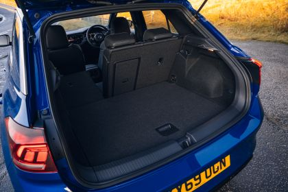 2020 Volkswagen T-Roc R - UK version 41