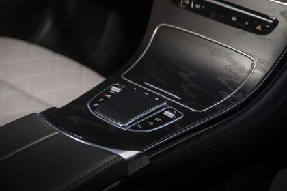 2020 Mercedes-AMG GLC 43 4Matic coupé - USA version 59