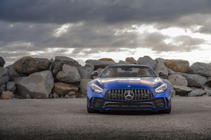 2020 Mercedes-AMG GT R roadster - USA version 4