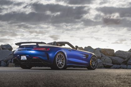 2020 Mercedes-AMG GT R roadster - USA version 13