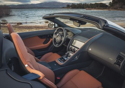 2021 Jaguar F-Type convertible P450 68
