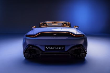 2021 Aston Martin Vantage roadster 5