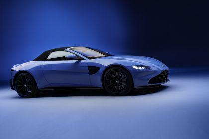 2021 Aston Martin Vantage roadster 10