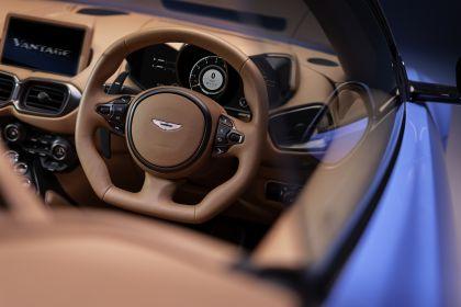 2021 Aston Martin Vantage roadster 12