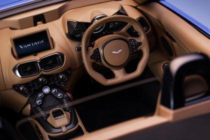 2021 Aston Martin Vantage roadster 14