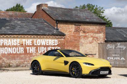 2021 Aston Martin Vantage roadster 18