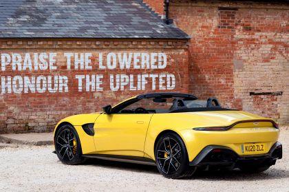 2021 Aston Martin Vantage roadster 20
