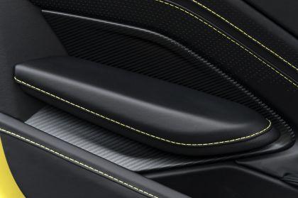 2021 Aston Martin Vantage roadster 40