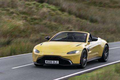 2021 Aston Martin Vantage roadster 43