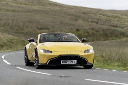 2021 Aston Martin Vantage roadster 44
