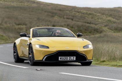 2021 Aston Martin Vantage roadster 46