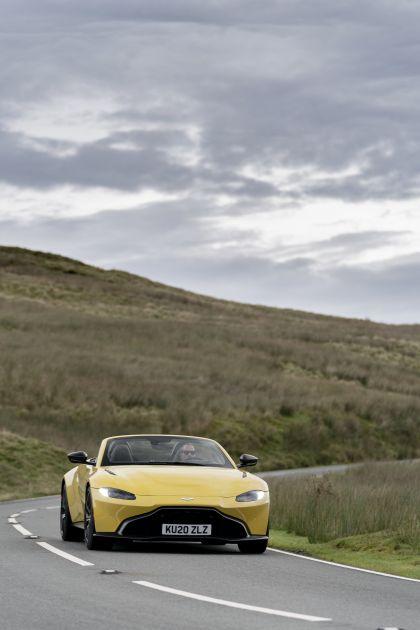 2021 Aston Martin Vantage roadster 47