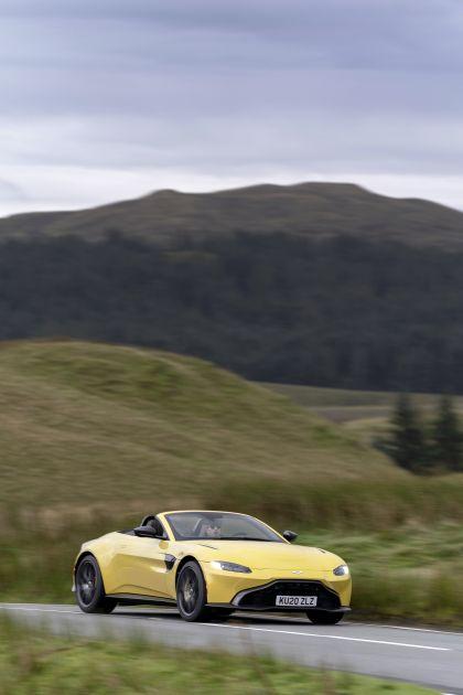 2021 Aston Martin Vantage roadster 54