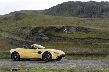 2021 Aston Martin Vantage roadster 56