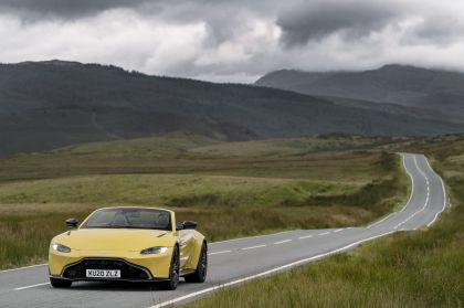 2021 Aston Martin Vantage roadster 59