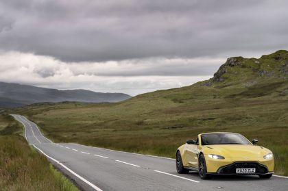 2021 Aston Martin Vantage roadster 60