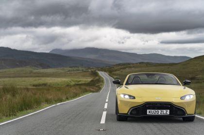 2021 Aston Martin Vantage roadster 61