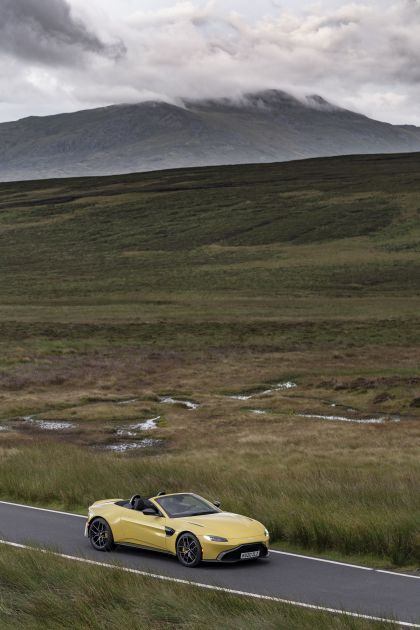 2021 Aston Martin Vantage roadster 66