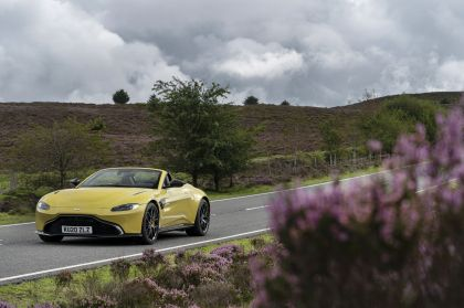 2021 Aston Martin Vantage roadster 70