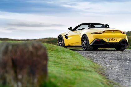 2021 Aston Martin Vantage roadster 73