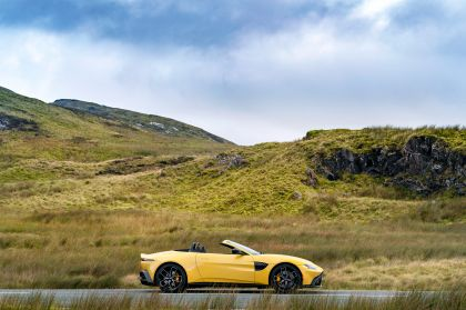 2021 Aston Martin Vantage roadster 79