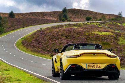 2021 Aston Martin Vantage roadster 82