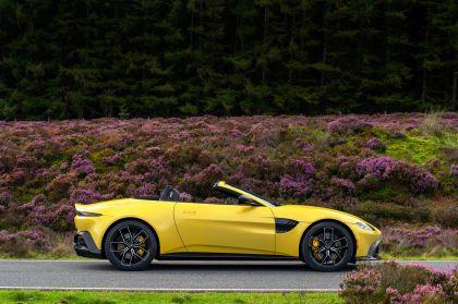 2021 Aston Martin Vantage roadster 85