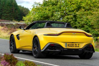 2021 Aston Martin Vantage roadster 86