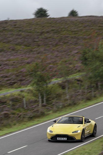 2021 Aston Martin Vantage roadster 93