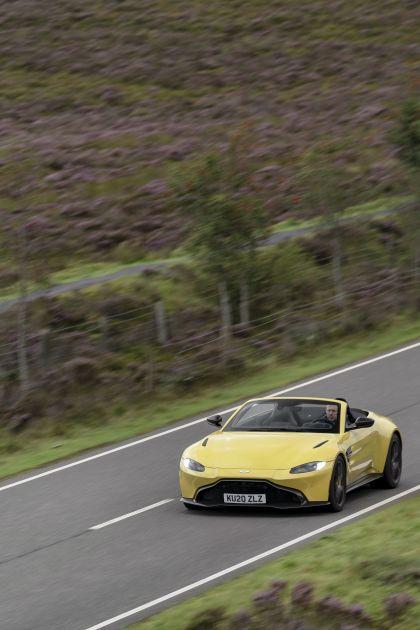 2021 Aston Martin Vantage roadster 94