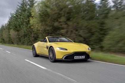 2021 Aston Martin Vantage roadster 98