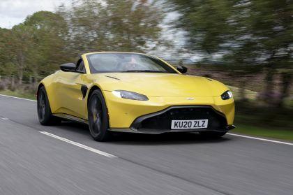 2021 Aston Martin Vantage roadster 101