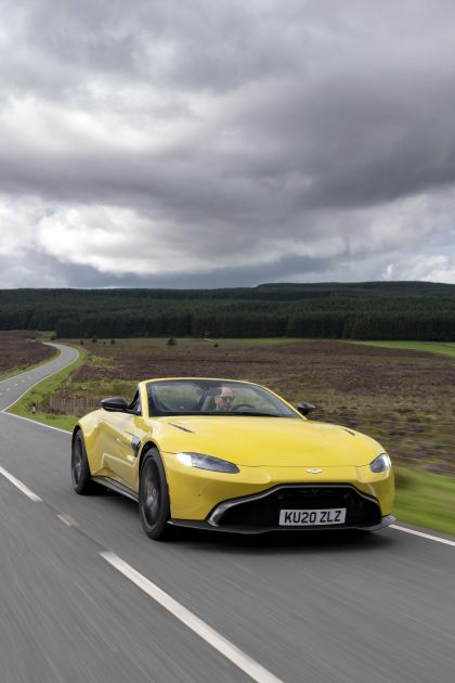 2021 Aston Martin Vantage roadster 109
