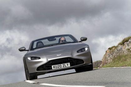 2021 Aston Martin Vantage roadster 118