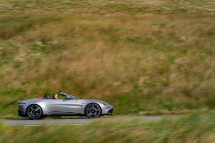2021 Aston Martin Vantage roadster 120