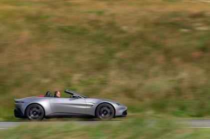 2021 Aston Martin Vantage roadster 124