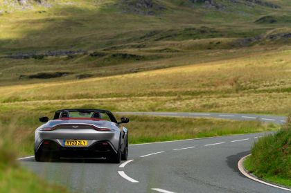 2021 Aston Martin Vantage roadster 126