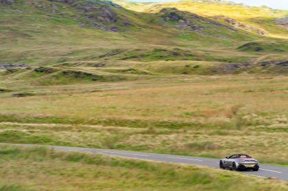 2021 Aston Martin Vantage roadster 128