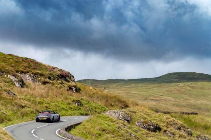 2021 Aston Martin Vantage roadster 130