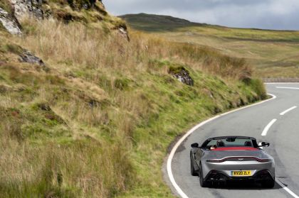 2021 Aston Martin Vantage roadster 131
