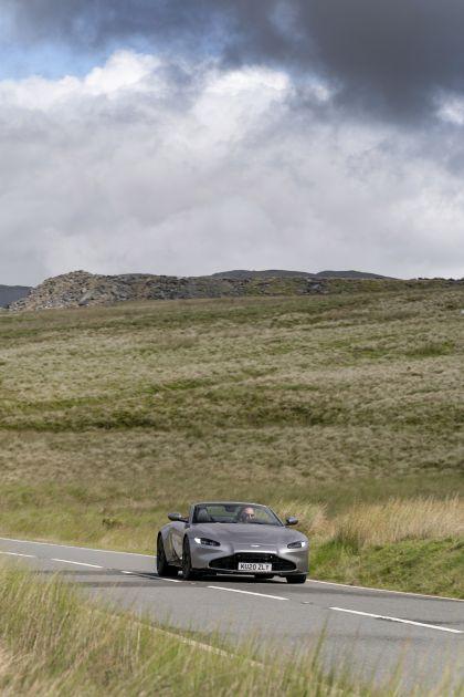 2021 Aston Martin Vantage roadster 145