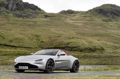2021 Aston Martin Vantage roadster 156