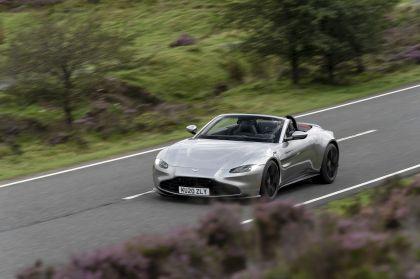 2021 Aston Martin Vantage roadster 163