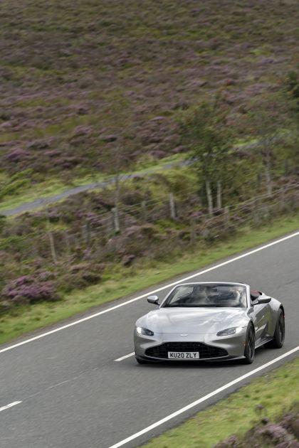 2021 Aston Martin Vantage roadster 164
