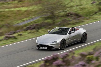 2021 Aston Martin Vantage roadster 165